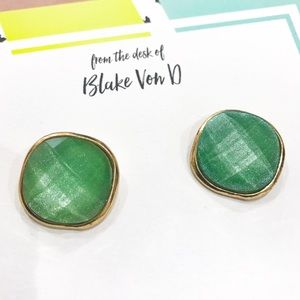 Jewelry - Stud Earrings